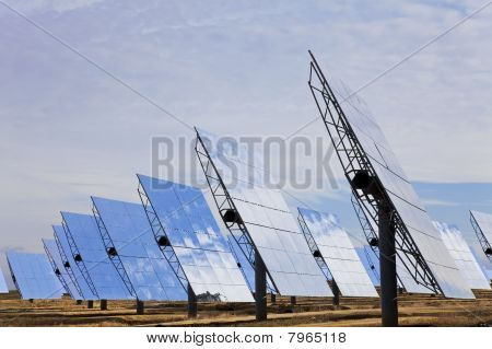 Field Of Renewable Green Energy Solar Mirror Panels
