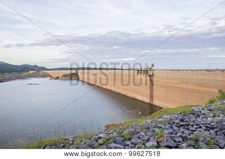 Khun Dan Prakan Chon Dam, Nakhon Nayok, Thailand / Dams To Store Water.