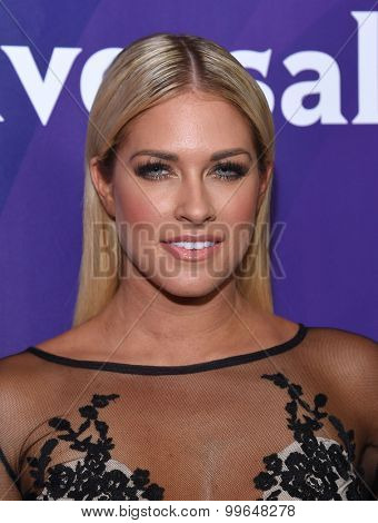 LOS ANGELES - AUG 12:  Barbie Blank arrives to the arrives to the Summer 2015 TCA's - NBCUniversal  on August 12, 2015 in Beverly Hills, CA