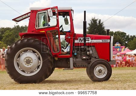MF tractor