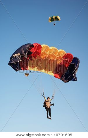 Parachutists  In Air