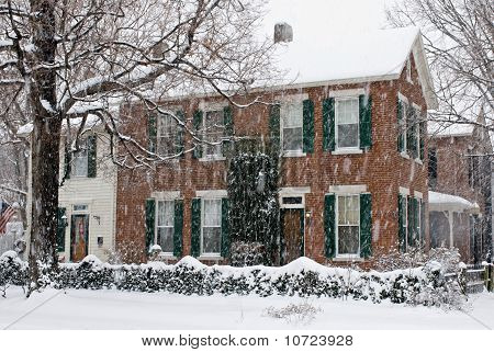 Old Home in Snowstrom