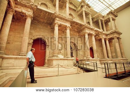 Guard Watches The Order Near The Artifact Of Market Gate Of Miletus