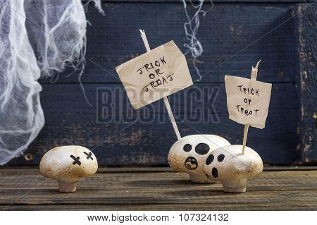 White Champignons With Halloween Sticks