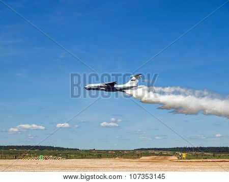 Il-76MD demonstrating fire fighting