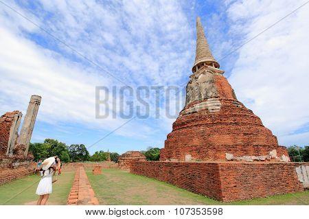 Tourists Take Photos Stupa At Wat Mahathat