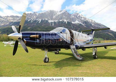 Single Turboprop Aircraft PILATUS PC-12 NG Landing Aircraft