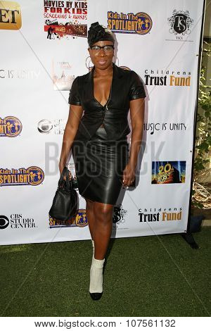 LOS ANGELES - NOV 7:  Aisha Hinds at the Kids In The Spotlight's Movies By Kids, For Kids Film Awards at the Fox Studios on November 7, 2015 in Century City, CA