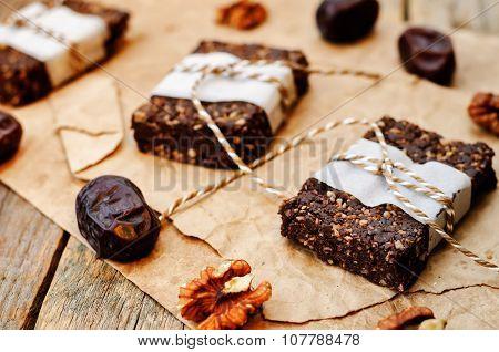 Raw Vegan Dates Coconut Walnut Chocolate Bars