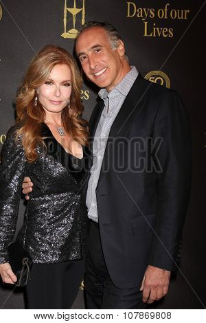 LOS ANGELES - NOV 7:  Tracey E. Bregman at the Days of Our Lives 50th Anniversary Party at the Hollywood Palladium on November 7, 2015 in Los Angeles, CA