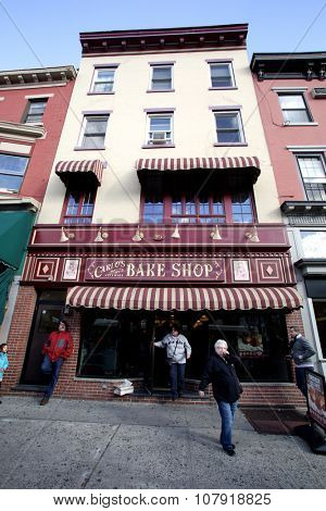 HOBOKEN, NEW JERSEY - OCTOBER 17, 2015: Carlos Bake Shop. The bakery is the setting of the TLC television series, Cake Boss.