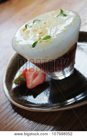 traditional trifle dessert