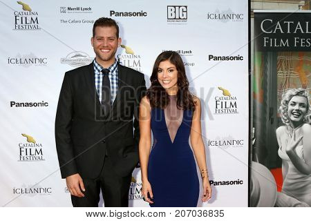 LOS ANGELES - SEP 29:  Daniel Robaire, Ursula Taherian at the Catalina Film Festival - September 29 2017 at the Casino on Catalina Island on September 29, 2017 in Avalon, CA