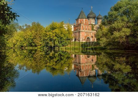 Reflection of the Intercession Cathedral in Izmailovo.