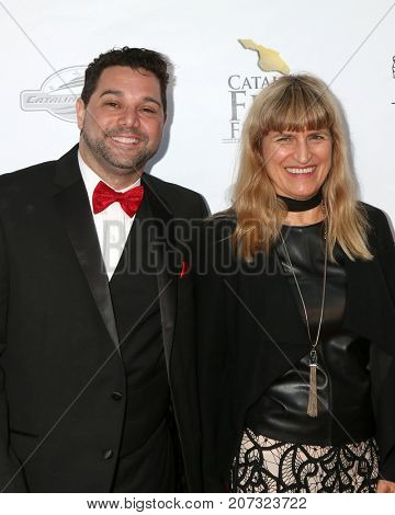 LOS ANGELES - SEP 30:  Ron Truppa, Catherine Hardwicke at the Catalina Film Festival - September 30 2017 at the Casino on Catalina Island on September 30, 2017 in Avalon, CA