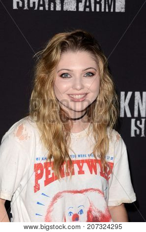 LOS ANGELES - SEP 29:  Sammi Hanratty at the Knott's Scary Farm and Instagram Celebrity Night at the Knott's Berry Farm on September 29, 2017 in Buena Parks, CA