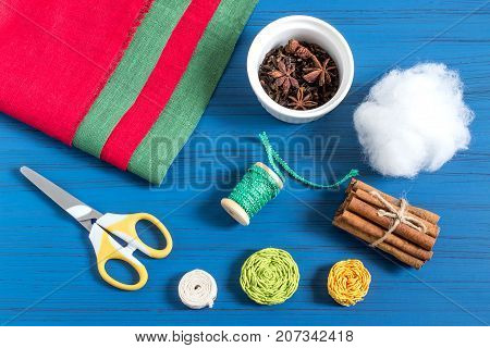 Making Christmas tree sachet with aromatic spices your own hands. Christmas present. Original art project. DIY concept. Step by step photo instructions. Step 1. Preparation of materials and tools