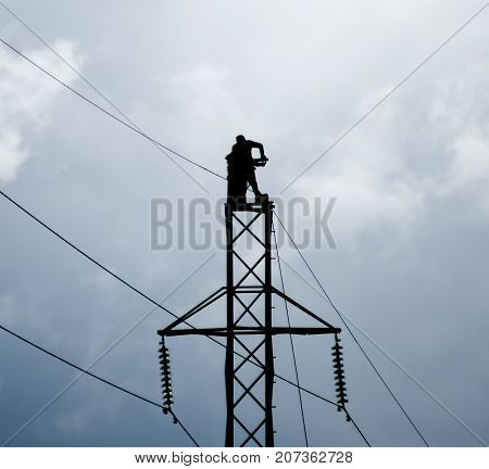 Assembly And Installation Of New Support Of A Power Line