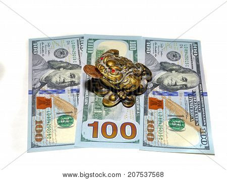Three legged frog that brings financial success according to feng shui