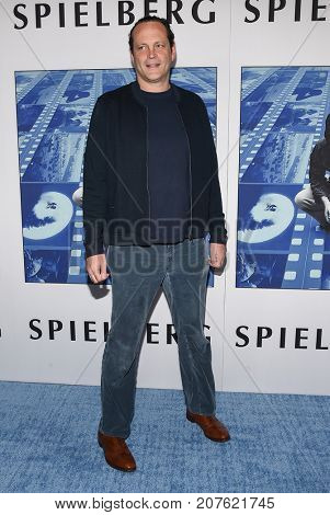 LOS ANGELES - SEP 26:  Vince Vaughn arrives for the HBO's premiere of 'Spielberg' on September 26, 2017 in Hollywood, CA