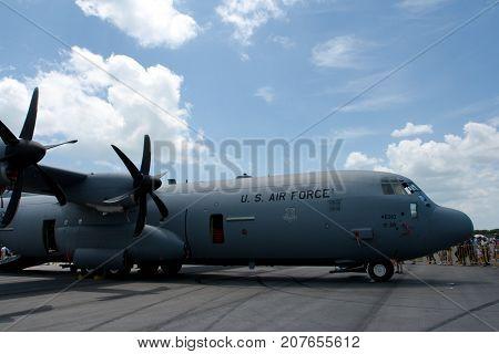 Changi, Singapore - Feb 6,2010 : USAF C-130 Hercules show in Singapore Air Show 2010