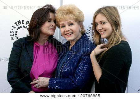 LOS ANGELES - JUN 7:  Carrie Fisher, Debbie Reynolds, & Billie Lourd arrive at the Debbie Reynolds Collection Auction & Auction Preview at Paley Center For Media on June 7, 2011 in Beverly Hills, CA