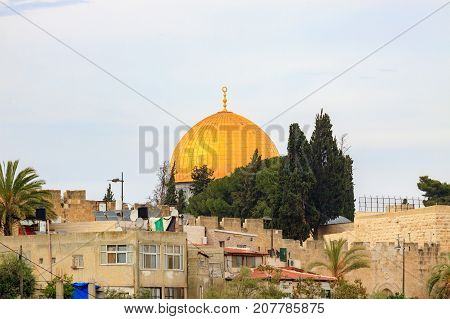 View from Mount Zion to gold dome of mosque of Al-aqsa (Dome of the Rock)