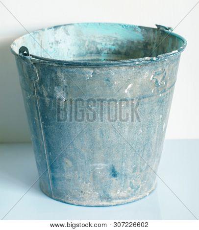 The Zinked Iron Grunge Bucket, Empty Galvanized Metal Bucket