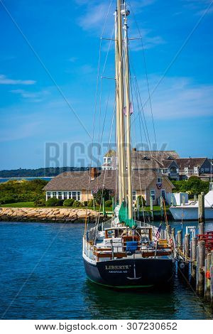 Cape Cod Marthas Vineyard, Ma, Usa - Sept 4, 2018: The Liberte Annapolis Sailing Yacht Boat Cruising