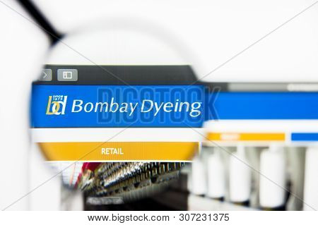 New York, New York State, Usa - 19 June 2019: Illustrative Editorial Of Bombay Dyeing And Mfg Co Web