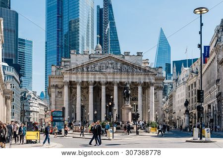 London, Uk - May 14, 2019: The Royal Exchange And The Bank Of England Against Skyscrapers In The Cit