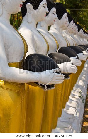 Buddha Statues In Wat Changkhum