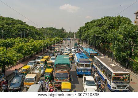 Bangalore, Karnataka India-june 04 2019 : Aerial View Of Five Lane Highway Road With Waiting Vehicle