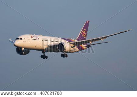 Vienna, Austria - May 13, 2018: Thai Airways Boeing 787-8 Dreamliner Hs-tqd Passenger Plane Arrival