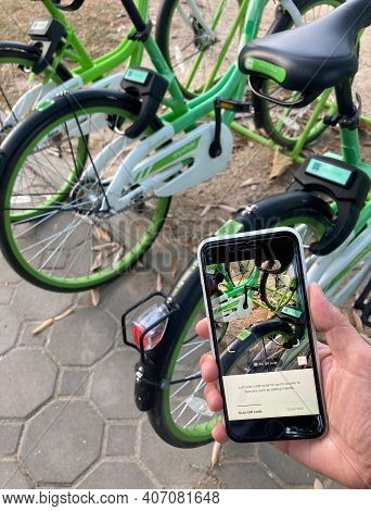 Chiang Mai, Thailand - December, 2020 : User Is Using Application On Iphone For Green