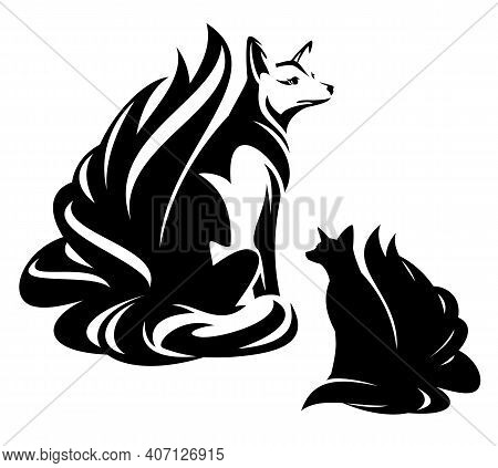 Beautiful Sitting Fox With Nine Tails Black And White Vector Outine And Silhouette - Japanese Kitsun