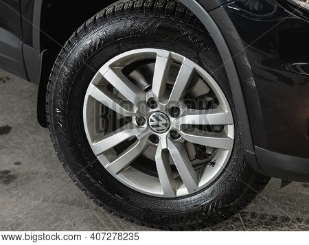 Novosibirsk, Russia - February 07 2021: Volkswagen Tiguan, Car Wheel With Alloy Wheel And New Rubber