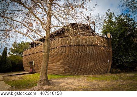 12-01-2020. Jerusalem-israel. A Wooden Noah's Ark In The Biblical Zoo