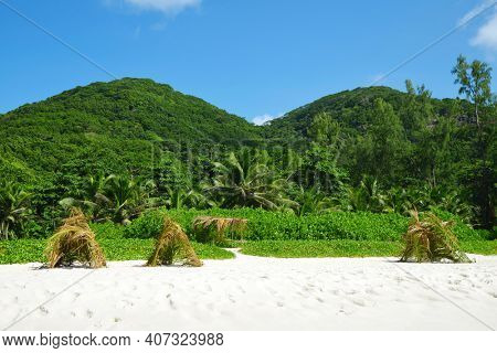 Petite Anse beach on La Digue island, Indian Ocean, Seychelles.