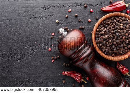 A Set Of Peppers.collage Of Different Type Pepper, Black ,white, Pink And Allspice Peppercornsr, Dri