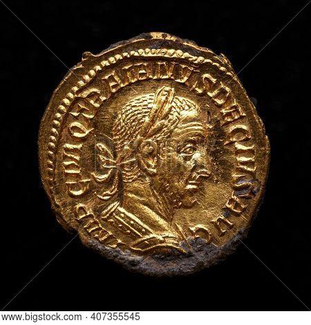 Trajan Decius. Ad 249-251. Av Aureus.ancient Coin Of The Roman Empire.authentic  Silver Denarius, An