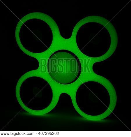 Glowing Fidget Spinner To Relax, Relieve Stress, Play