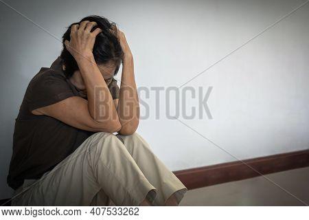 Dementia, Alzheimer's Disease Elderly Senior Patient (old Aged Women) With Depression, Mental Stress