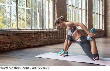 Sporty Young Woman Hatha Yoga Fitness Instructor Warmup Bend Knee Stretch Leg Hip Do Crescent Lunge