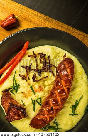 Pork Sausages With Mashed Potato. Bangers And Mash Pork Sausages And Mashed Potato. Unhealthy And Gr