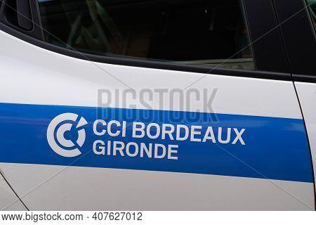 Bordeaux , Aquitaine France - 02 05 2021 : Chambre De Commerce Et D'industrie Cci Stickers On Side C