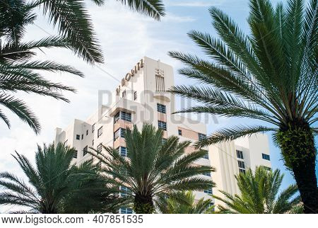 Miami Beach, Florida, United States - July 7 2012: St. Moritz Tower Highrise, Home To Loews Miami Be