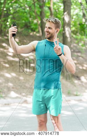Healthy Life. Athletic Man In Sportswear Make Selfie. Outdoor Workout. Fitness App. Ui Ux Concept. G