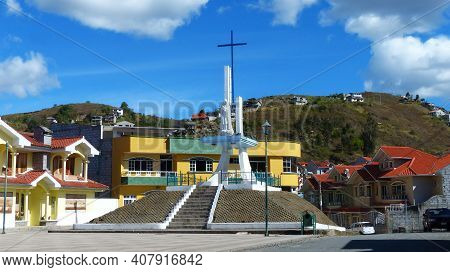 Chordeleg, Ecuador - October 10, 2018: Small Town In Azuay Province Of Ecuador Is Widly Known For Ma