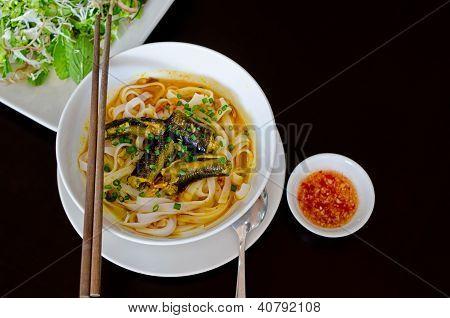 Vietnamese Eel Noodle (mi Quang)